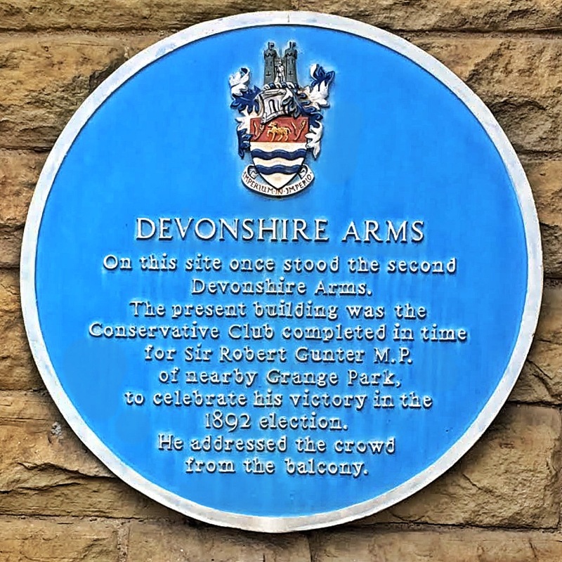 Photo of the Devonshire Arms plaque - text below