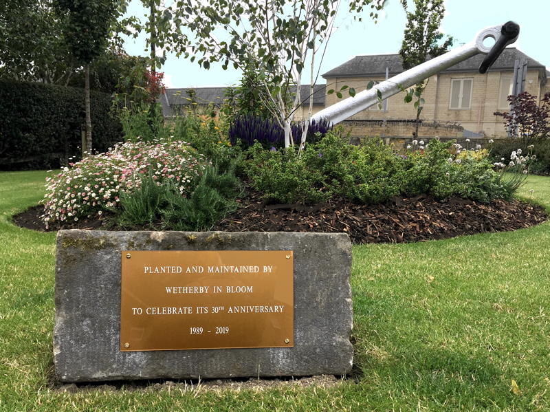 Photo of the Anchor and plaque marking Wetherby in Bloom 30th Anniversary